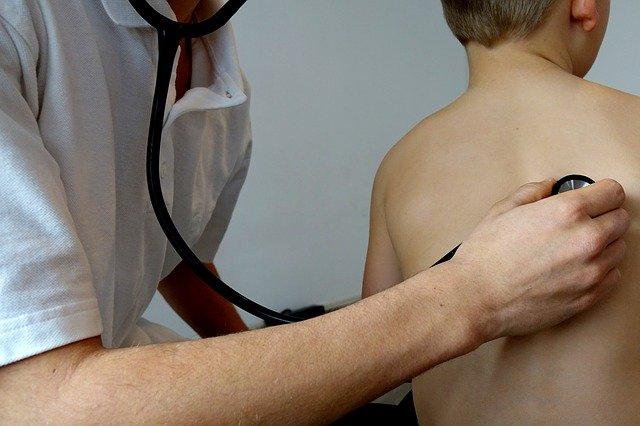 На доктор при кашлица