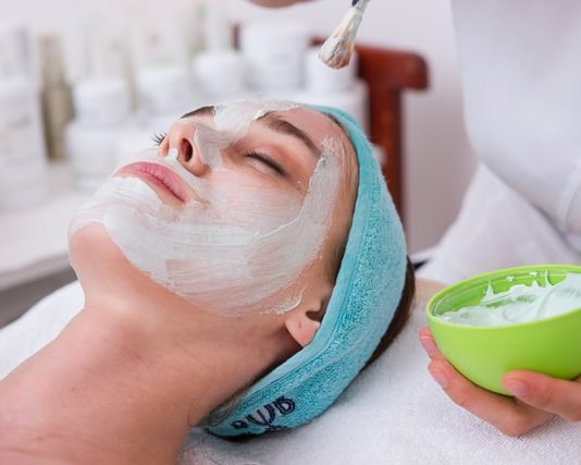 козметика за кожата на лицето